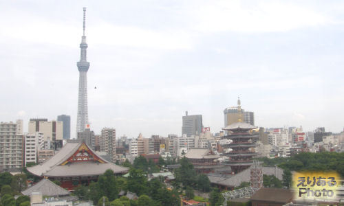 浅草花やしきと浅草寺と東京スカイツリー