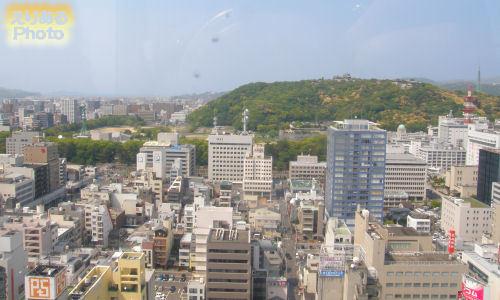 大観覧車くるりんから松山城方向を望む